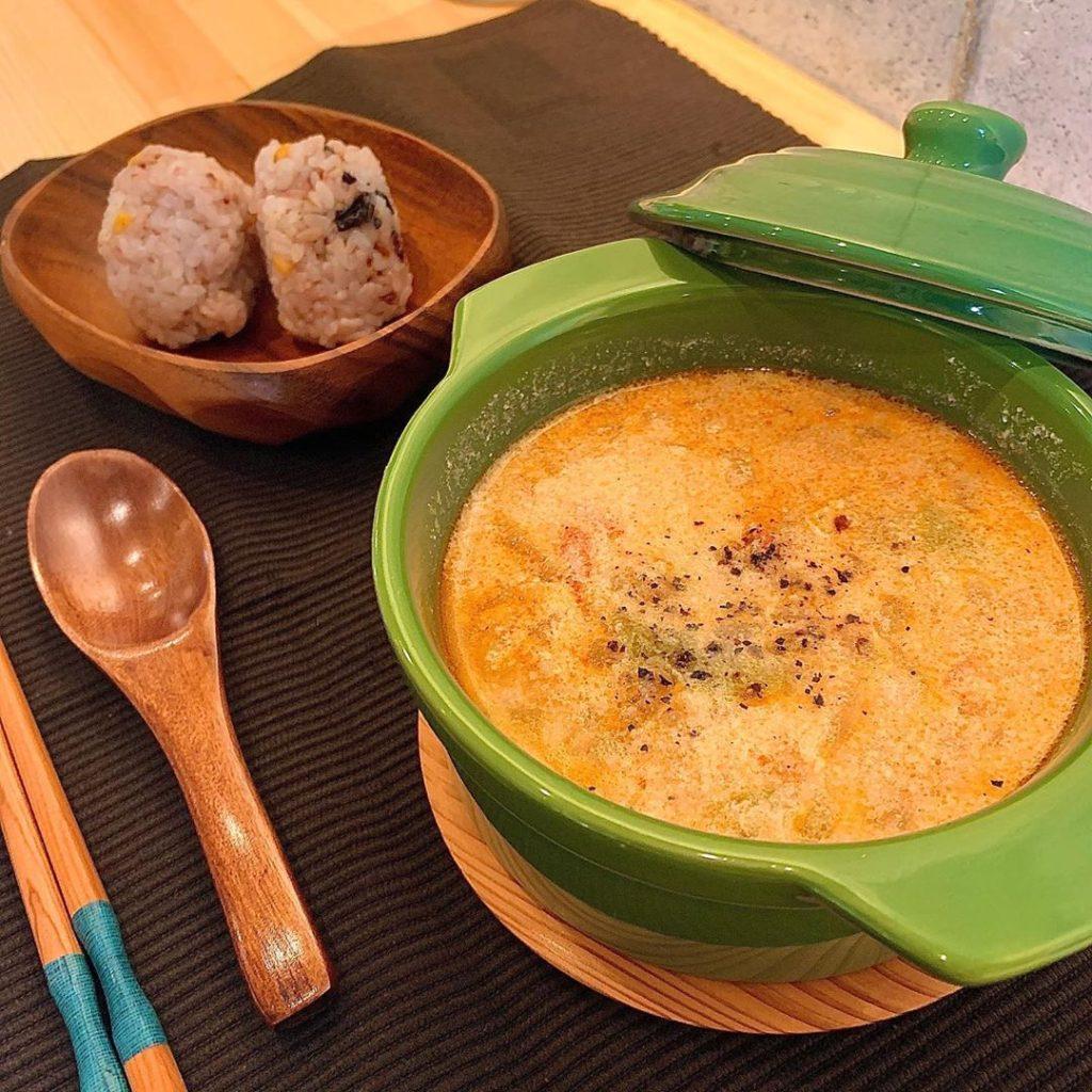 豚肉とトマトの豆乳スープ
